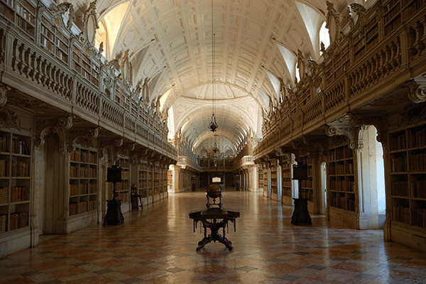 The 20 Coolest Libraries In The World