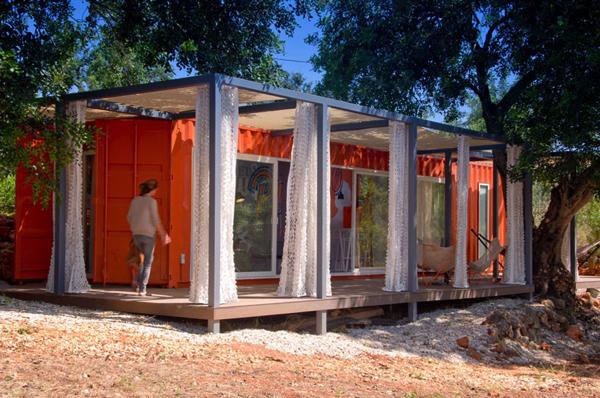 素早く組み立て、素早く解体!可能性広がるコンテナハウス−Container house