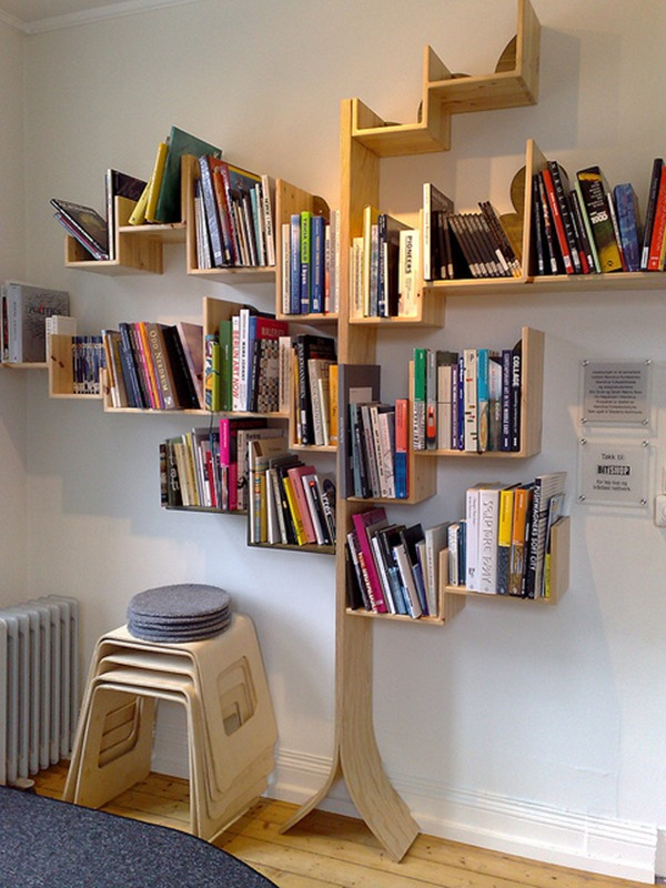 large-book-collection-tree-design