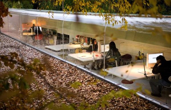 秋に訪れてみたい!森の中に隠れるクリエイティブな事務所−Selgas Cano