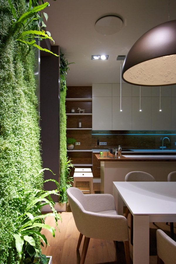 SVOYA-Studio-Apartment-Vertical-gardens-12-600x900