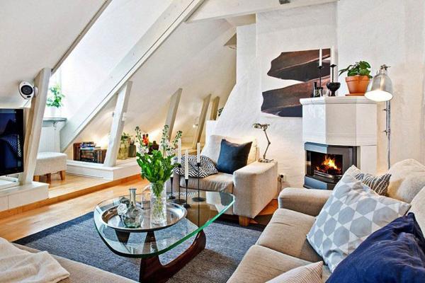 光が差し込む屋根裏部屋!素敵なテラス付きアパート−Attic Apartment