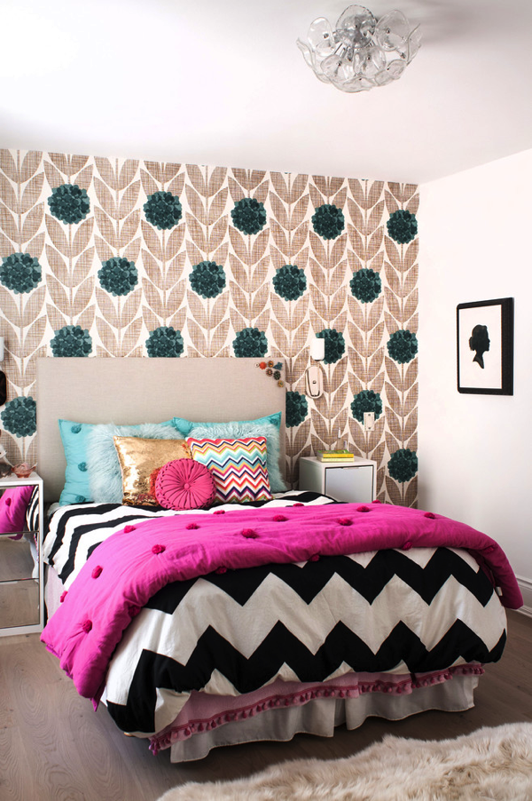 teen-girl-bedroom