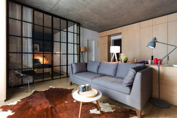 隠す収納と魅せる収納。居心地が良すぎるブカレストのアパートメントが素敵!